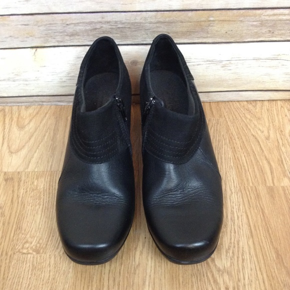47aa1f259a4 Clarks bendables black ankle boots